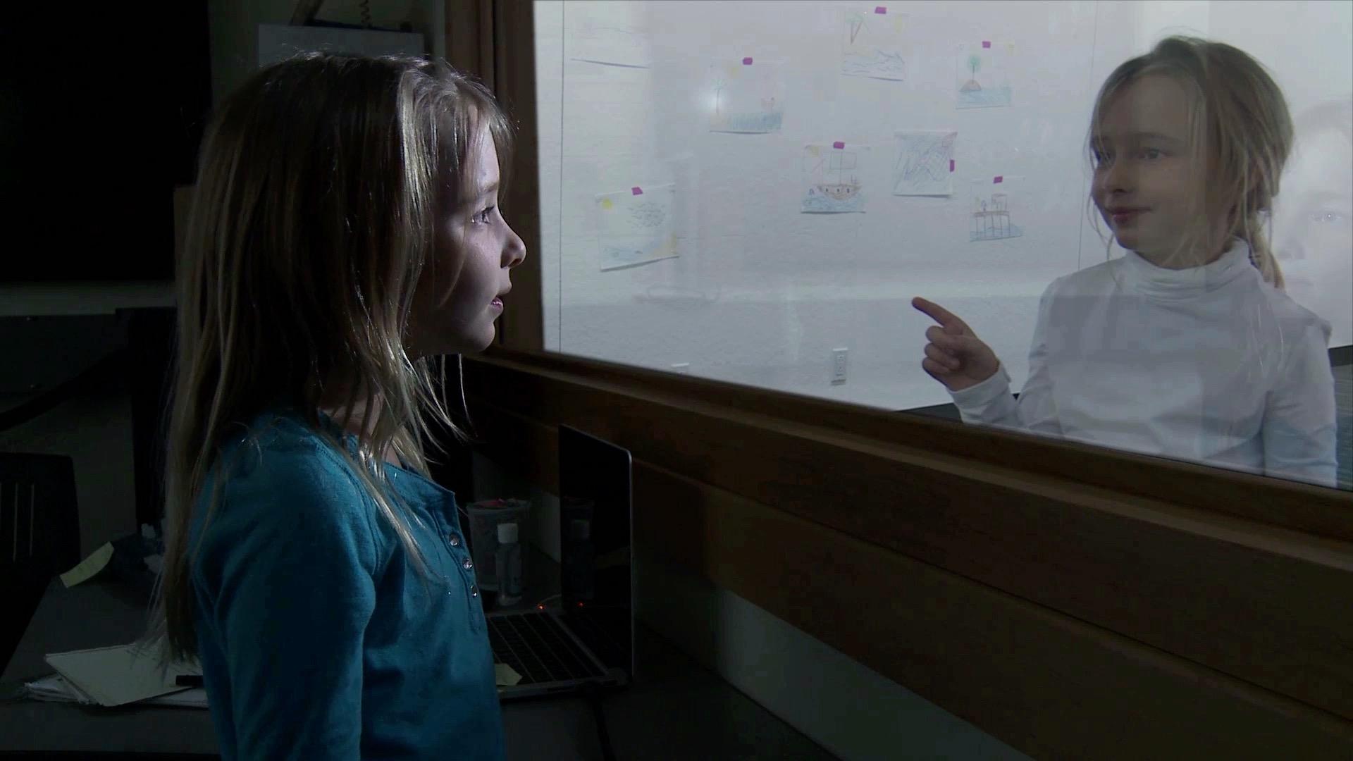 Juliette Bailey as Chloe in Semblance